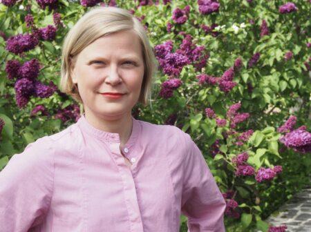 Kuvassa Annu Webb
